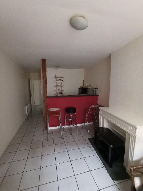 Appartement à louer 2 31.15m2 à Nancy vignette-1