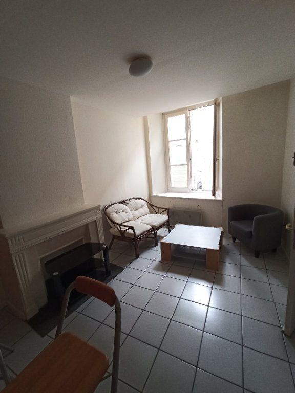 Appartement à louer 2 31.15m2 à Nancy vignette-2