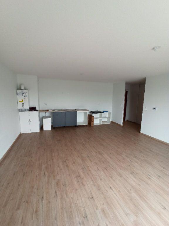 Appartement à louer 3 67.91m2 à Nancy vignette-3