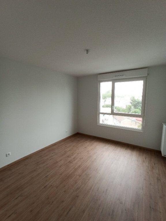 Appartement à louer 3 67.91m2 à Nancy vignette-6