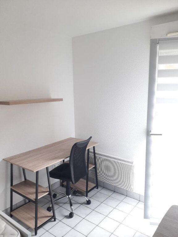 Appartement à louer 1 17m2 à Nancy vignette-3