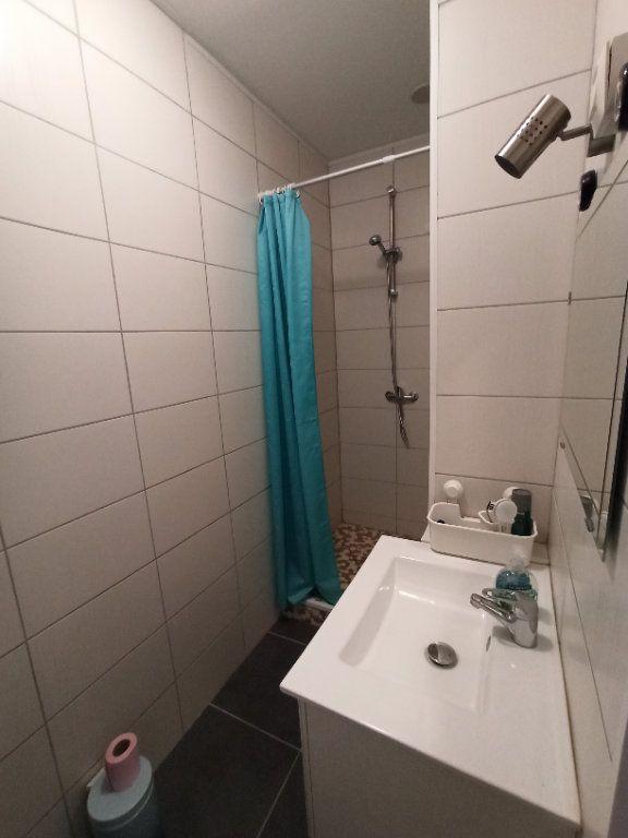 Appartement à louer 1 25m2 à Nancy vignette-7