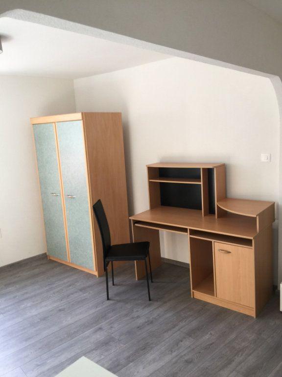 Appartement à louer 1 25m2 à Nancy vignette-10
