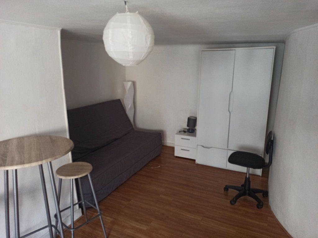 Appartement à louer 1 20m2 à Nancy vignette-2
