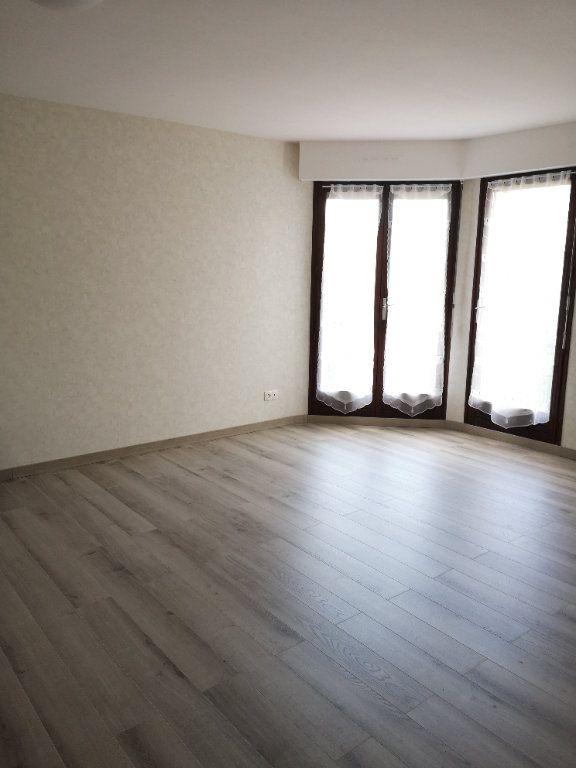 Appartement à louer 2 54.92m2 à Villers-lès-Nancy vignette-3