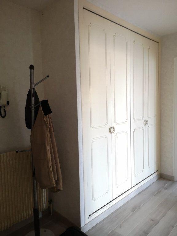 Appartement à louer 2 54.92m2 à Villers-lès-Nancy vignette-5