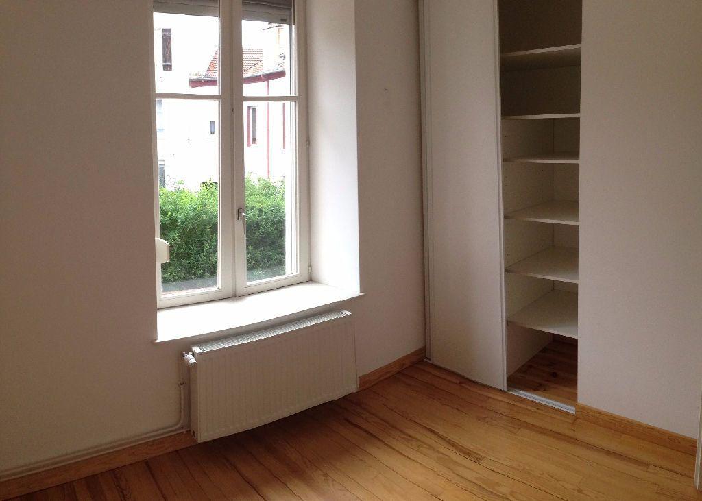 Appartement à louer 3 43m2 à Nancy vignette-4