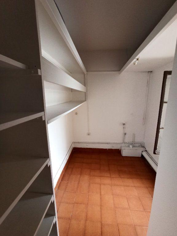 Appartement à louer 4 80m2 à Nancy vignette-8