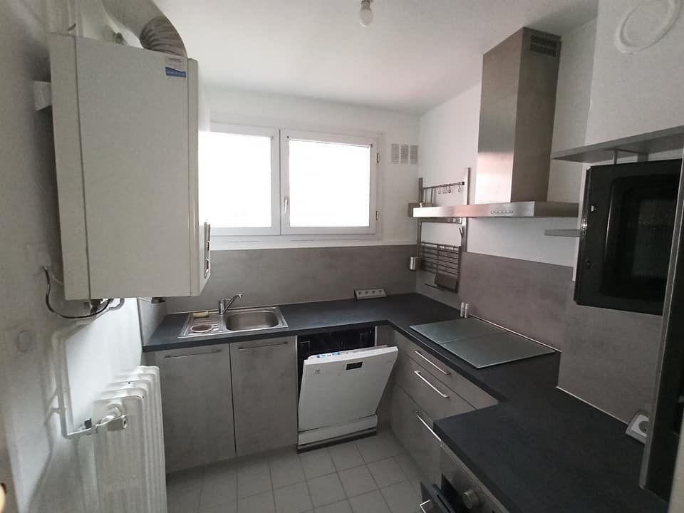 Appartement à louer 3 66m2 à Saint-Max vignette-2