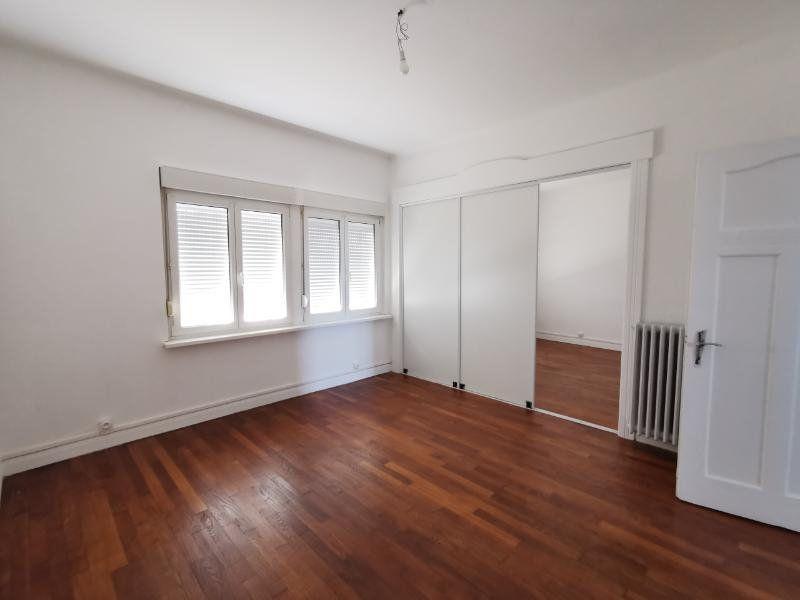 Appartement à louer 4 88.12m2 à Montigny-lès-Metz vignette-1