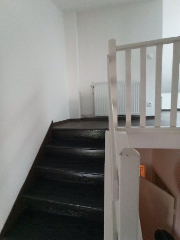 Appartement à louer 3 43m2 à Nancy vignette-6