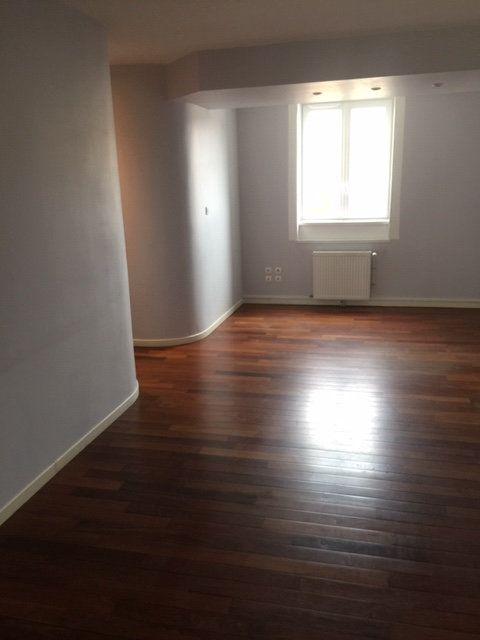 Appartement à louer 2 58m2 à Nancy vignette-4