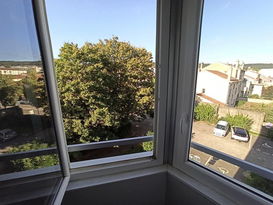 Appartement à louer 4 77.92m2 à Champigneulles vignette-3