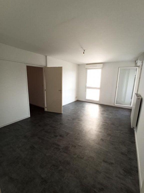 Appartement à louer 4 77.92m2 à Champigneulles vignette-5