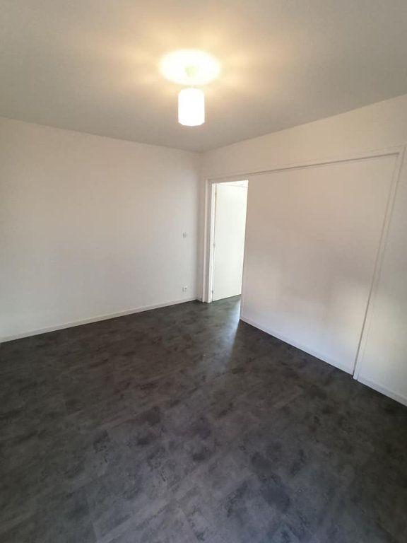 Appartement à louer 4 77.92m2 à Champigneulles vignette-14
