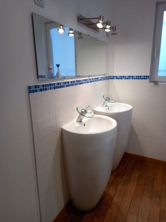 Maison à louer 9 171m2 à Velaine-en-Haye vignette-18