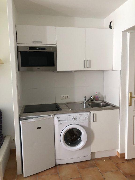 Appartement à louer 2 33.4m2 à Deauville vignette-3