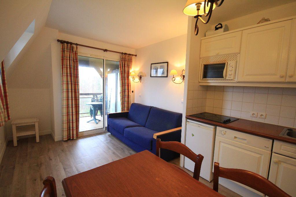 Appartement à louer 2 30m2 à Deauville vignette-1