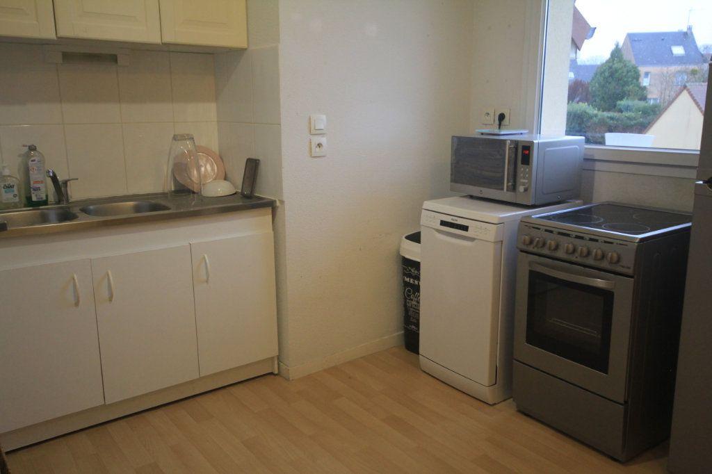 Appartement à louer 3 53.55m2 à Touques vignette-3