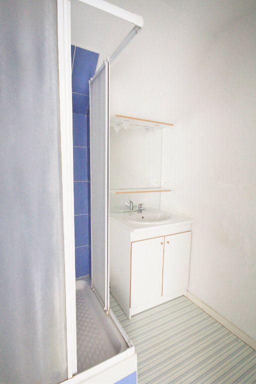 Appartement à louer 3 53.55m2 à Touques vignette-4
