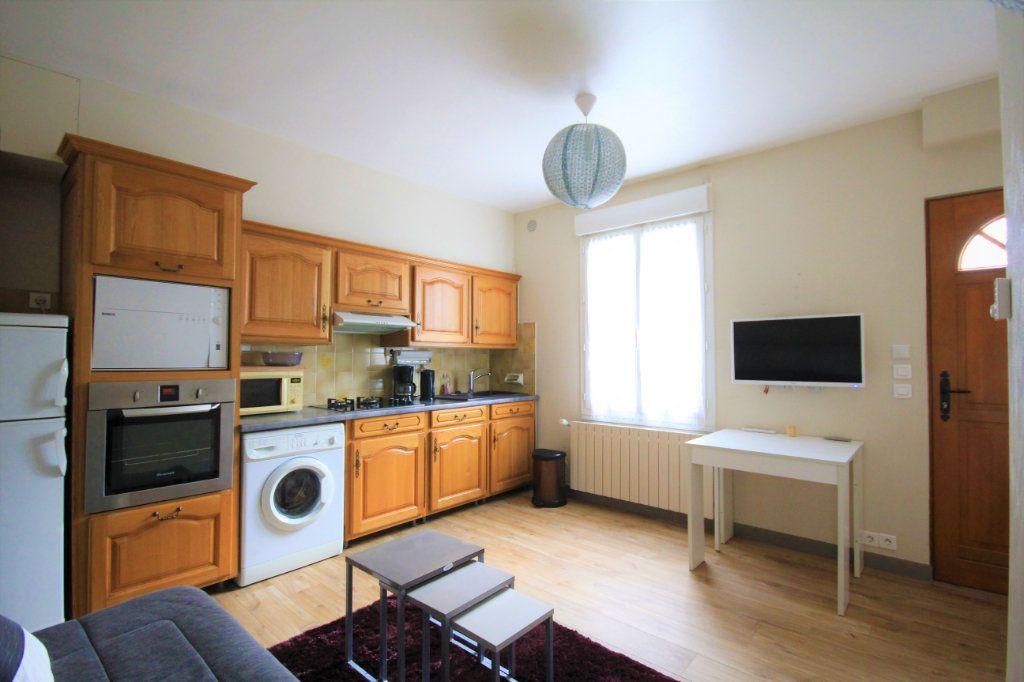 Maison à louer 2 30.3m2 à Deauville vignette-2