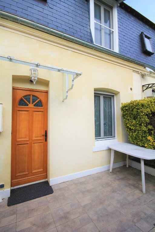 Maison à louer 2 30.3m2 à Deauville vignette-4