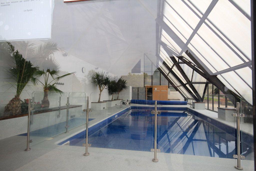 Appartement à louer 3 44m2 à Deauville vignette-9