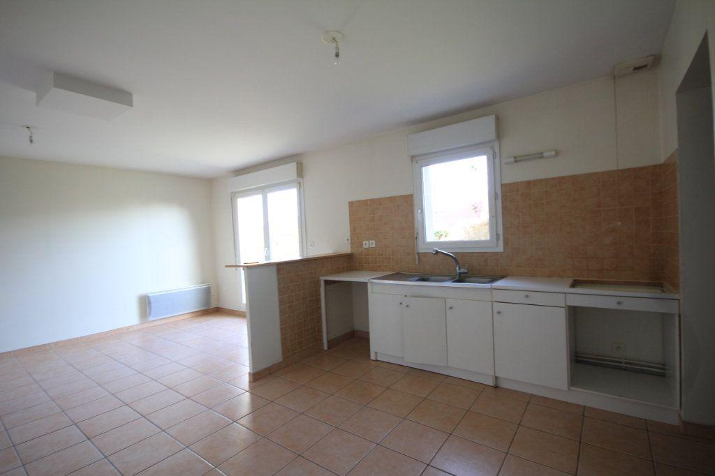 Maison à louer 4 80m2 à Saint-Arnoult vignette-4