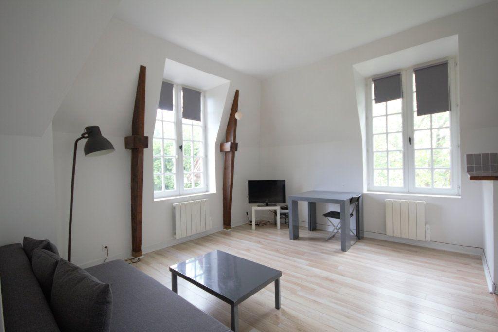 Appartement à louer 2 35.18m2 à Deauville vignette-1