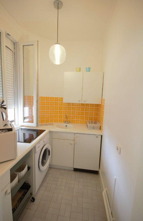 Appartement à louer 2 25.92m2 à Deauville vignette-3