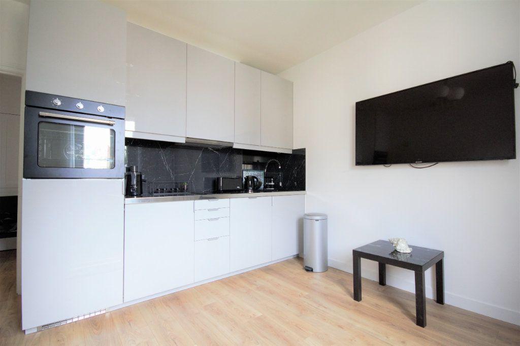 Appartement à vendre 2 29.7m2 à Deauville vignette-3