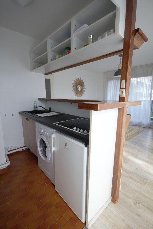 Appartement à louer 2 40.57m2 à Deauville vignette-4