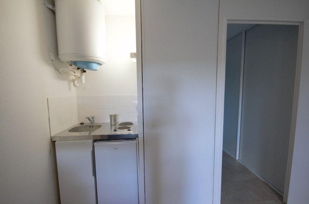 Appartement à louer 1 22.56m2 à Touques vignette-4