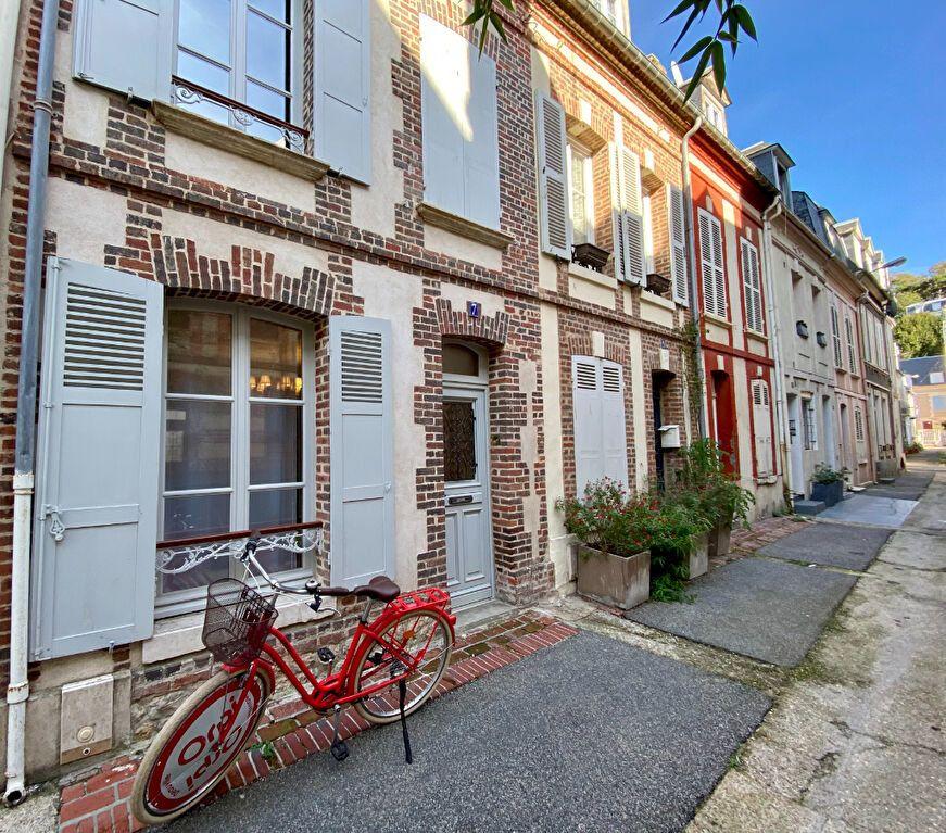 Maison à vendre 7 150m2 à Trouville-sur-Mer vignette-1
