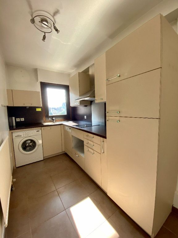 Appartement à vendre 2 65.9m2 à Deauville vignette-3