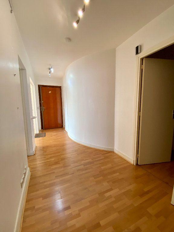 Appartement à vendre 2 65.9m2 à Deauville vignette-5