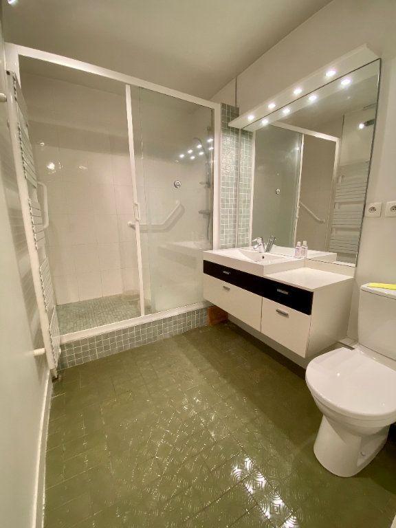 Appartement à vendre 2 65.9m2 à Deauville vignette-7