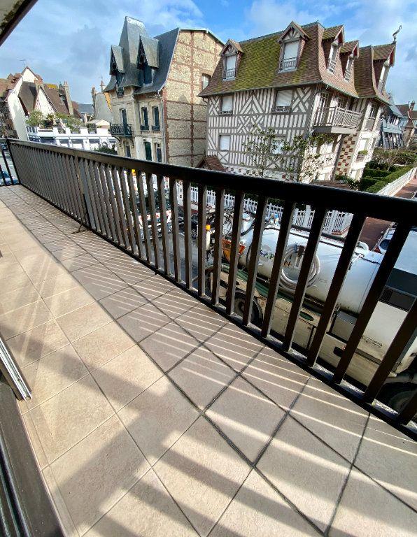 Appartement à vendre 2 65.9m2 à Deauville vignette-8