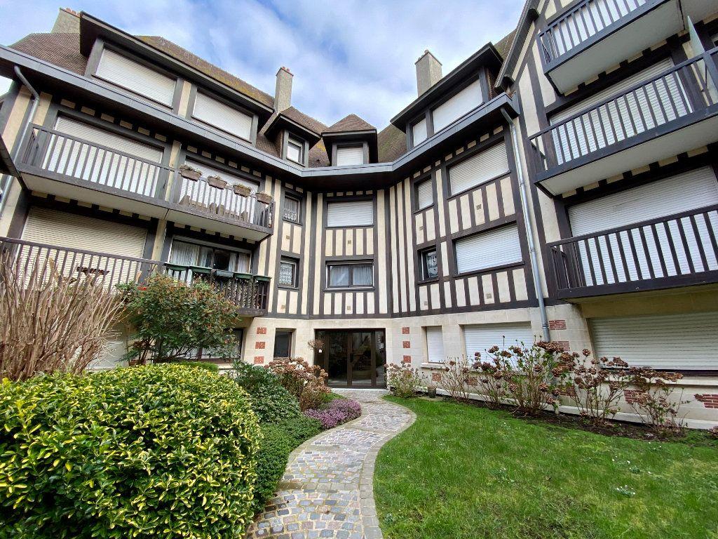 Appartement à vendre 2 65.9m2 à Deauville vignette-9