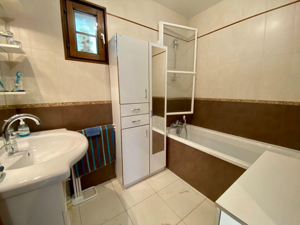 Maison à vendre 4 105m2 à Blonville-sur-Mer vignette-10