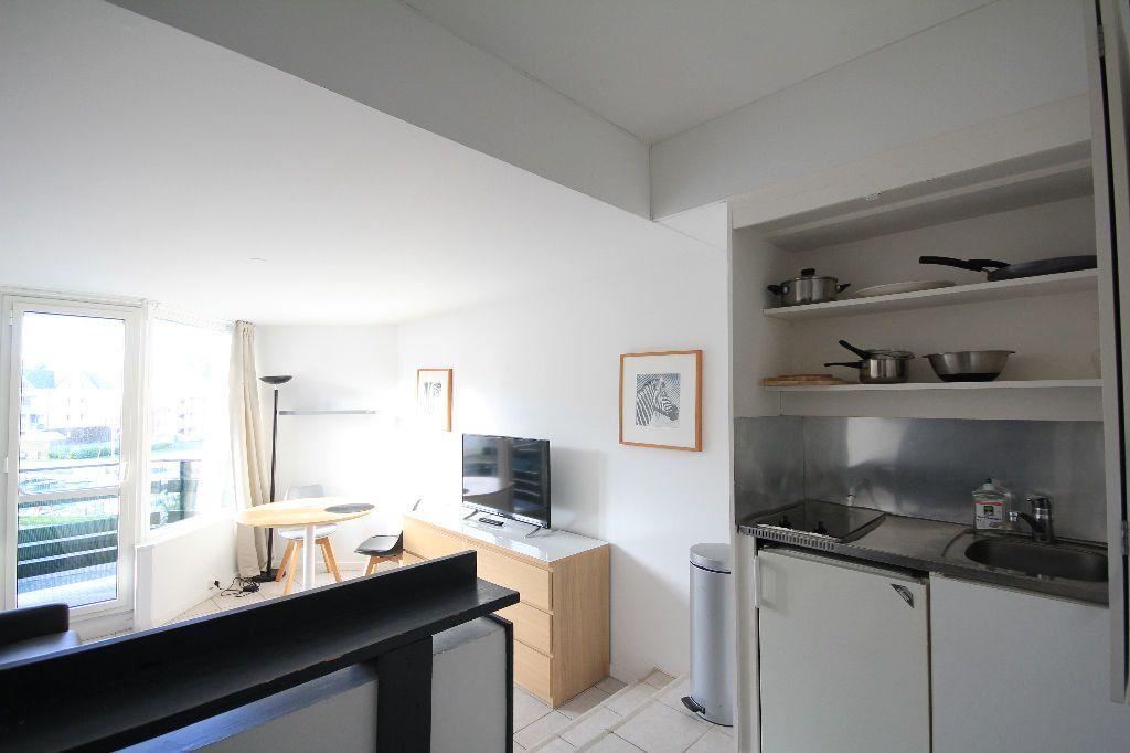 Appartement à vendre 1 24.26m2 à Deauville vignette-4