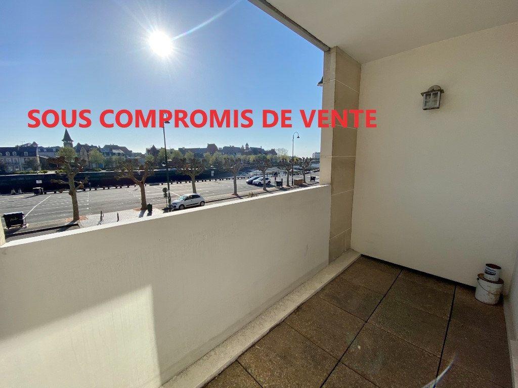 Appartement à vendre 1 22.93m2 à Trouville-sur-Mer vignette-1