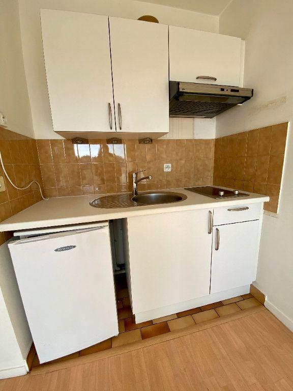 Appartement à vendre 1 22.93m2 à Trouville-sur-Mer vignette-5