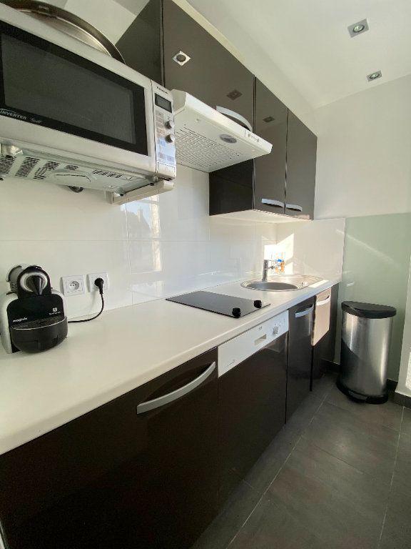 Appartement à vendre 3 43.2m2 à Deauville vignette-3