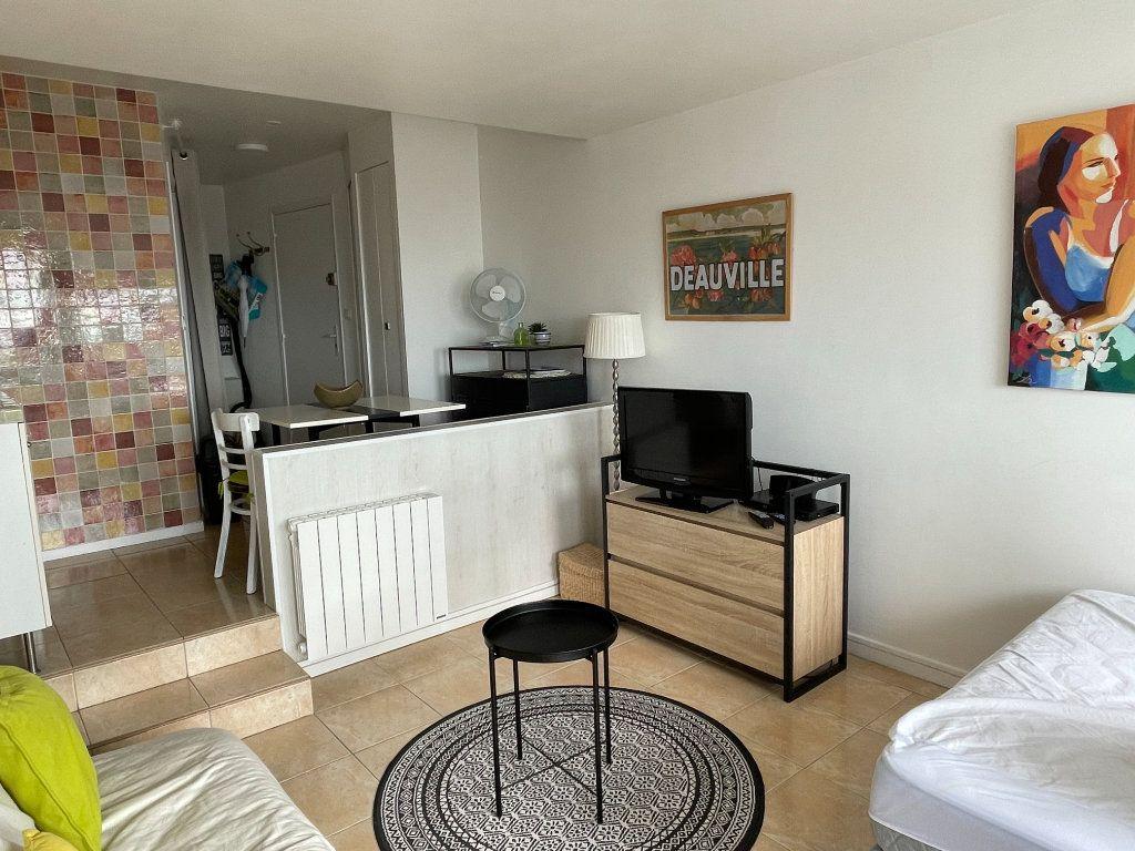 Appartement à vendre 1 24.79m2 à Deauville vignette-5