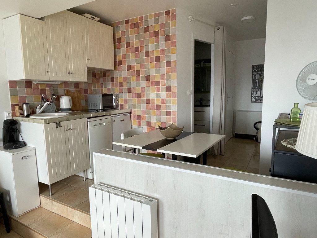 Appartement à vendre 1 24.79m2 à Deauville vignette-6