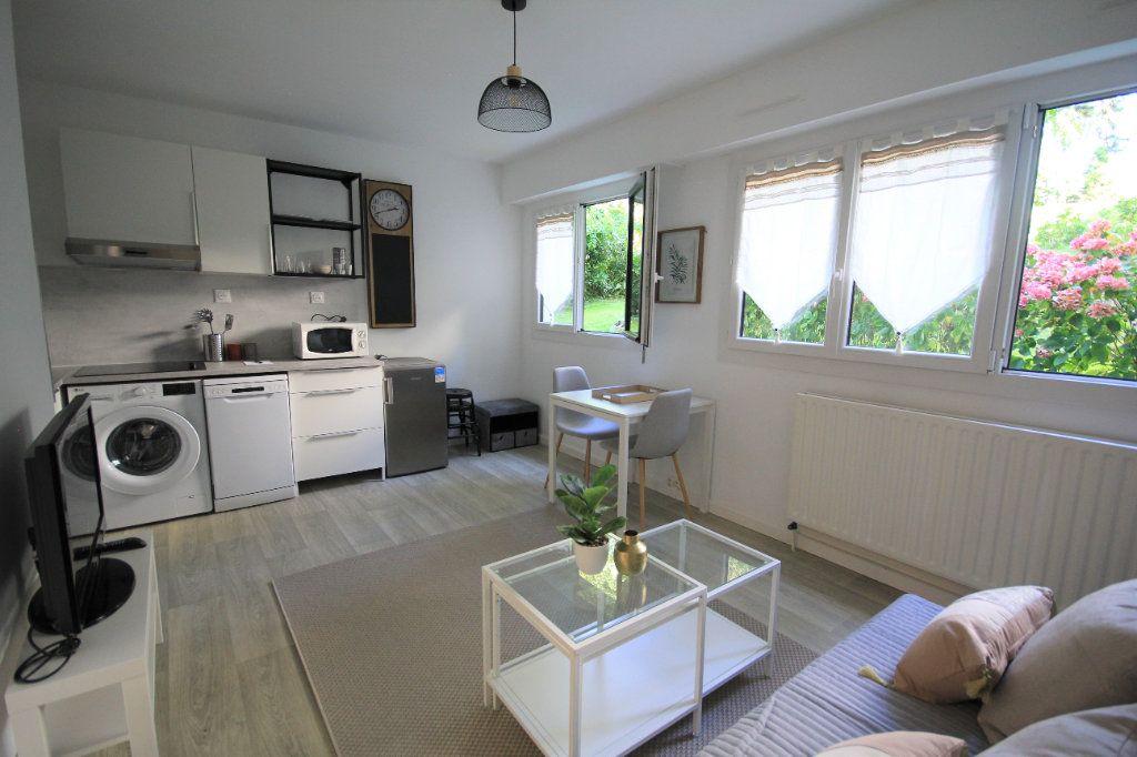 Appartement à louer 1 22.16m2 à Trouville-sur-Mer vignette-1