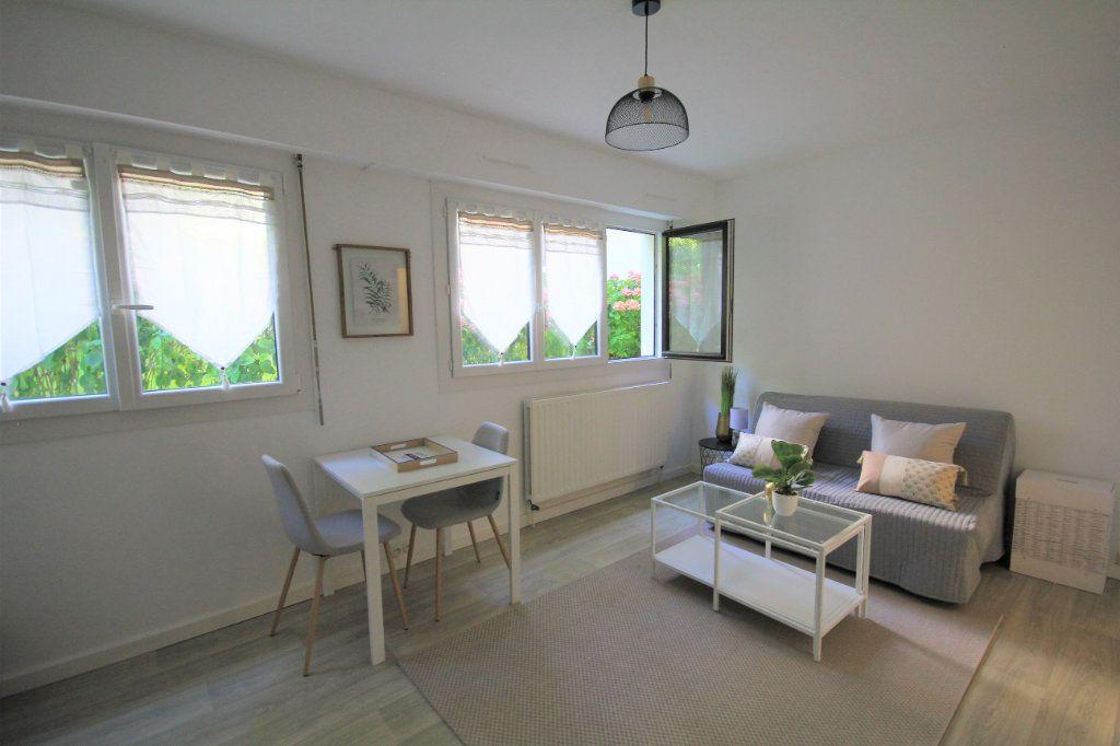 Appartement à louer 1 22.16m2 à Trouville-sur-Mer vignette-3