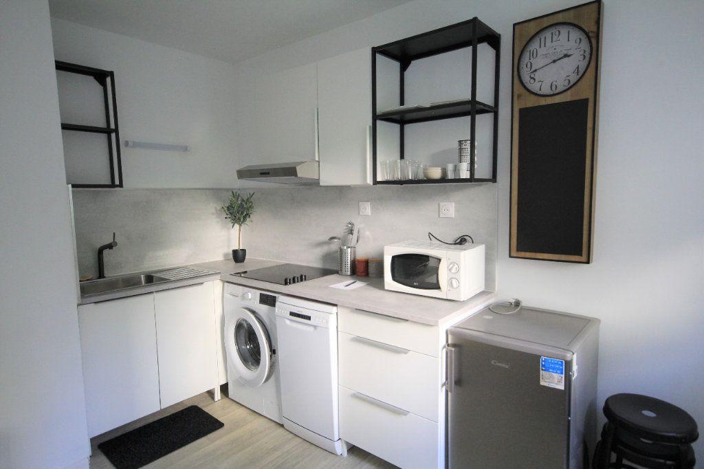 Appartement à louer 1 22.16m2 à Trouville-sur-Mer vignette-4