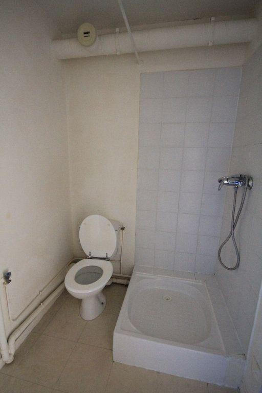 Appartement à louer 1 23.94m2 à Touques vignette-5